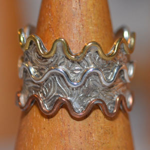 925 sterling silver gold wide wavy ring 9 10